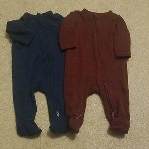 Set of 2 SUPER soft pajamas